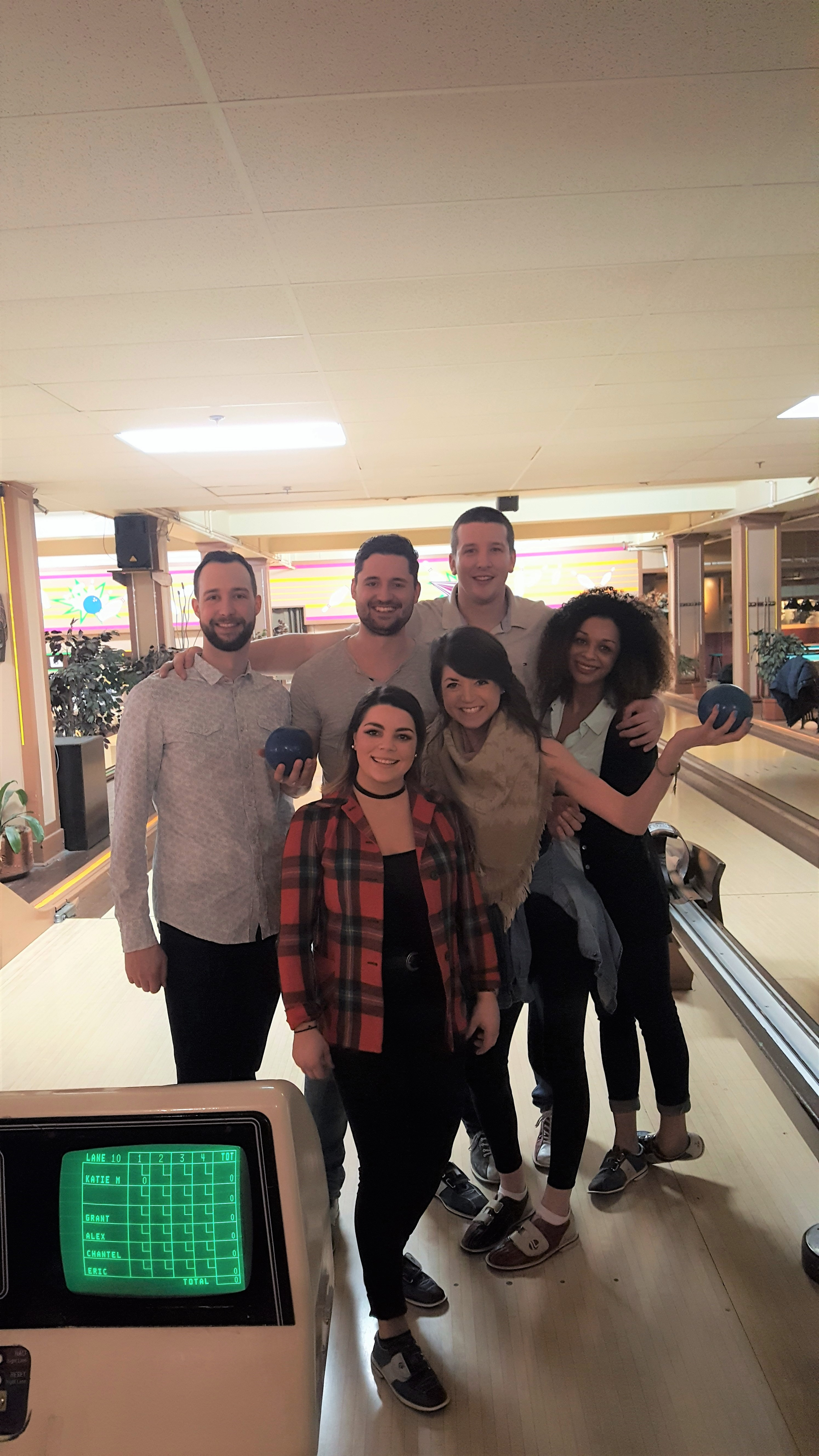 20170217 1800081 - Impact night out: pizza, bowling and beer!