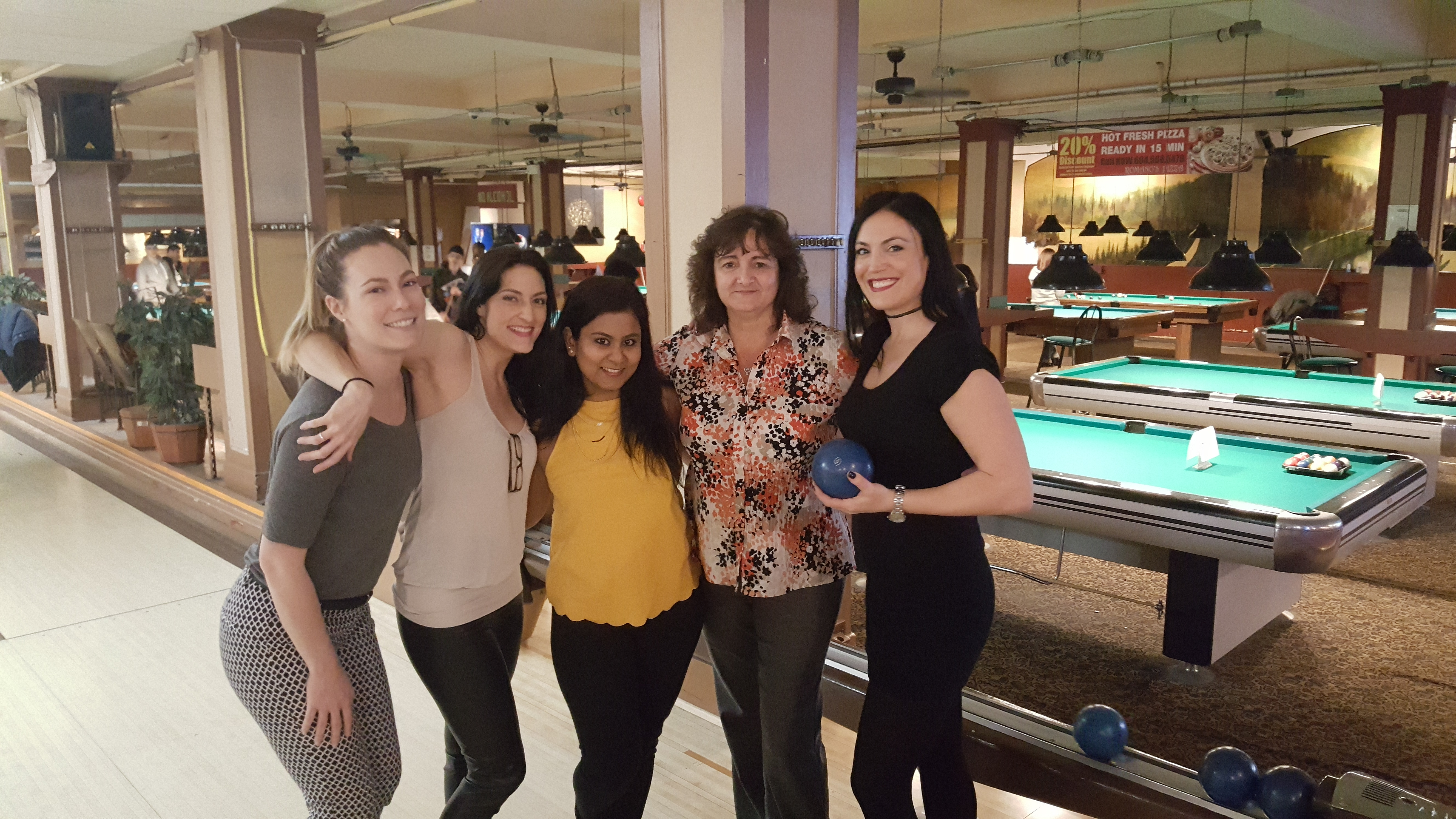 20170217 1801172 - Impact night out: pizza, bowling and beer!