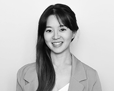 Andrea Liaw Profile Photo 1 Headshot - Meet Our Team