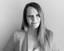 Maria Papp Profile Photo 1 Headshot - Meet Our Team