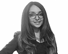 Shraddha Gulati Profile Photo 1 Headshot - Meet Our Team